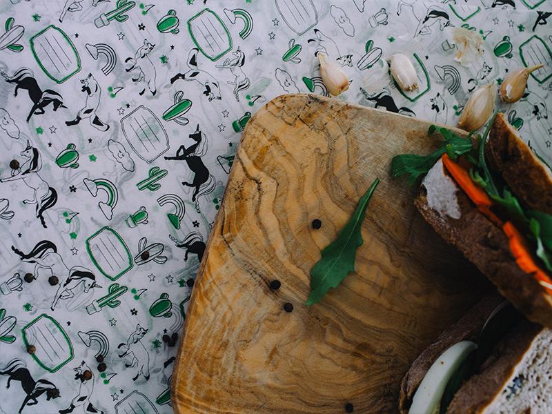 נייר סנדוויצים ירוק - קקטוסים וחדי קרן