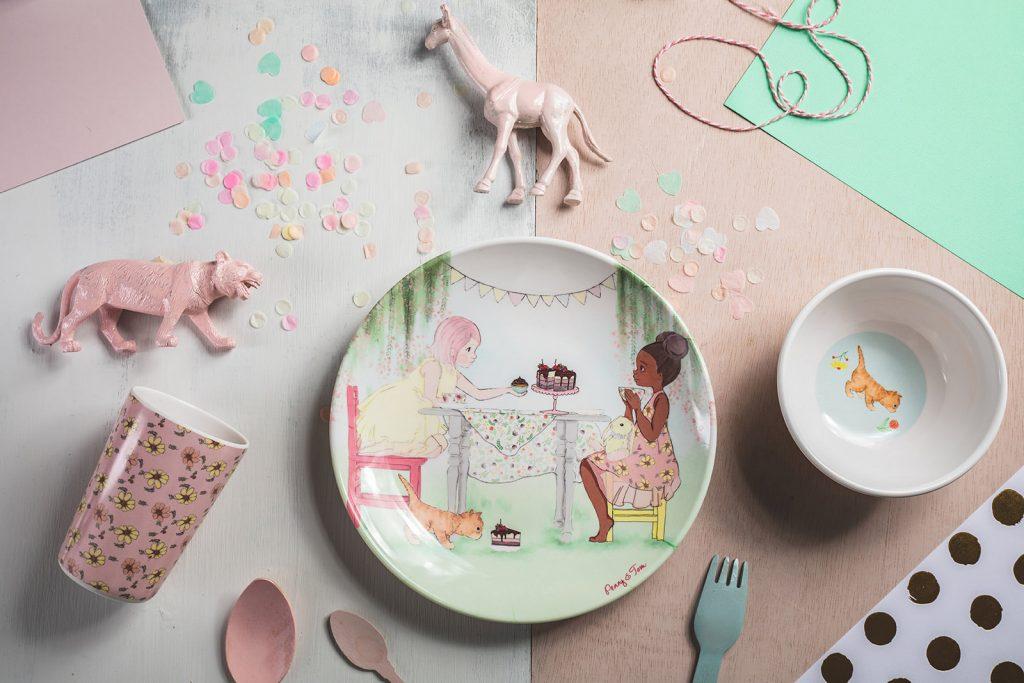 סט כלים - פני ואלייזה במסיבת תה